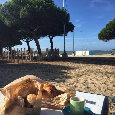 À sous les palmiers la plage