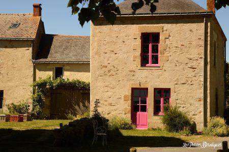 maison rose lavau