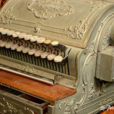 ancienne caisse enregistreuse aulnette
