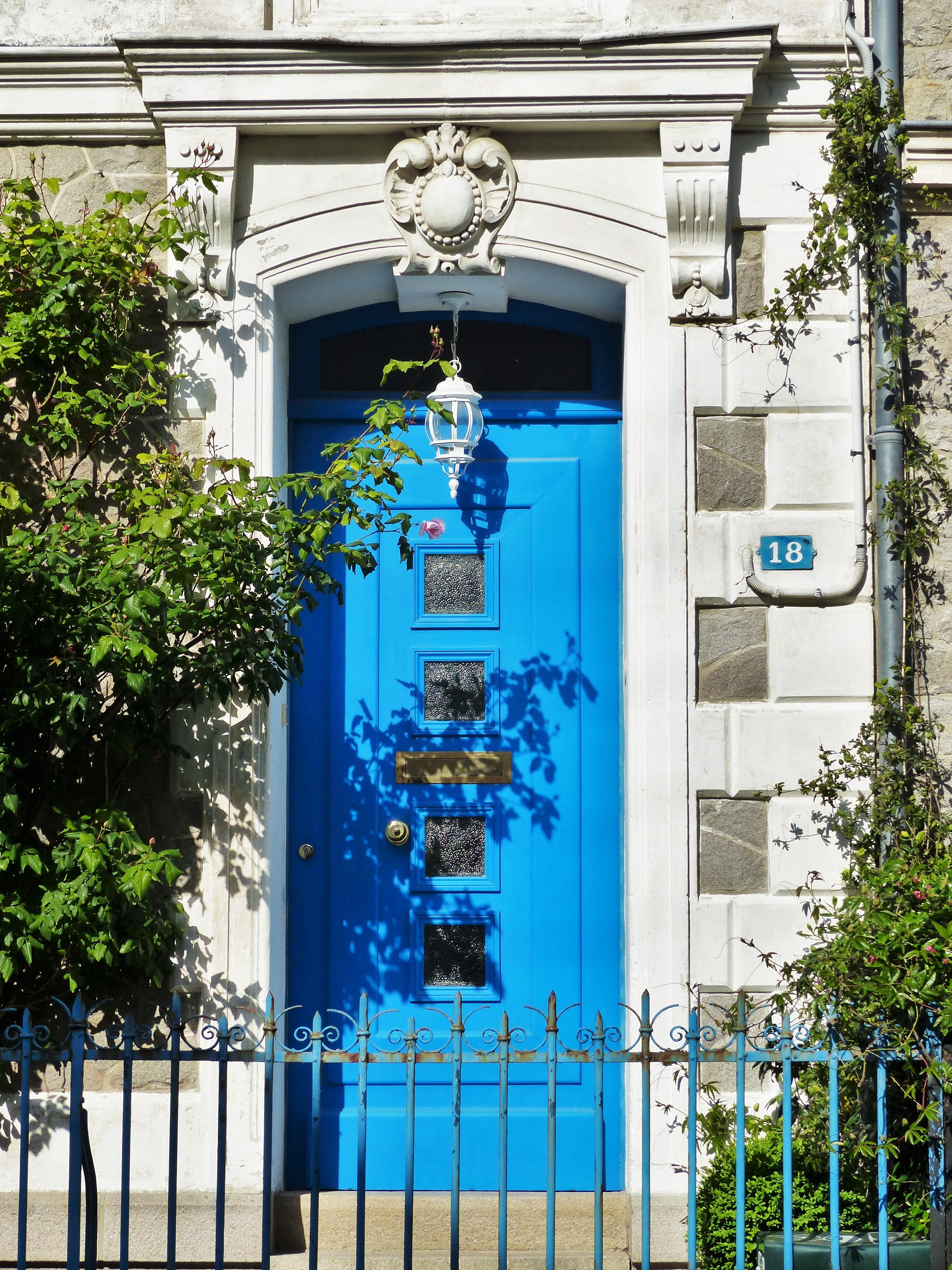 quartier la havane - st nazaire - porte bleue