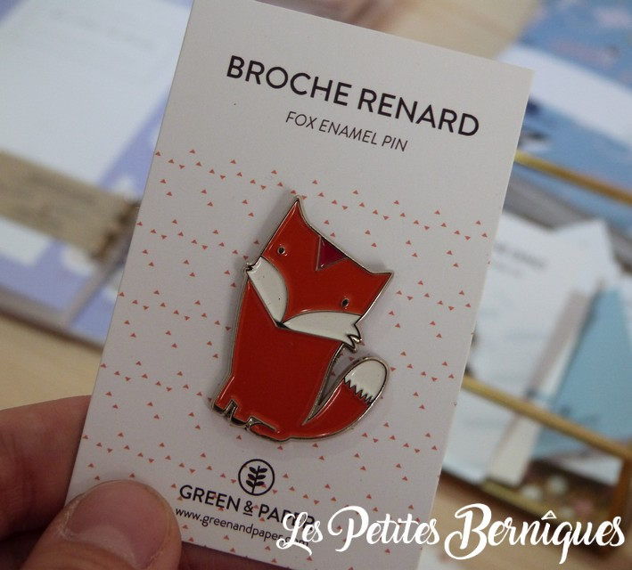 broche renard - green and paper