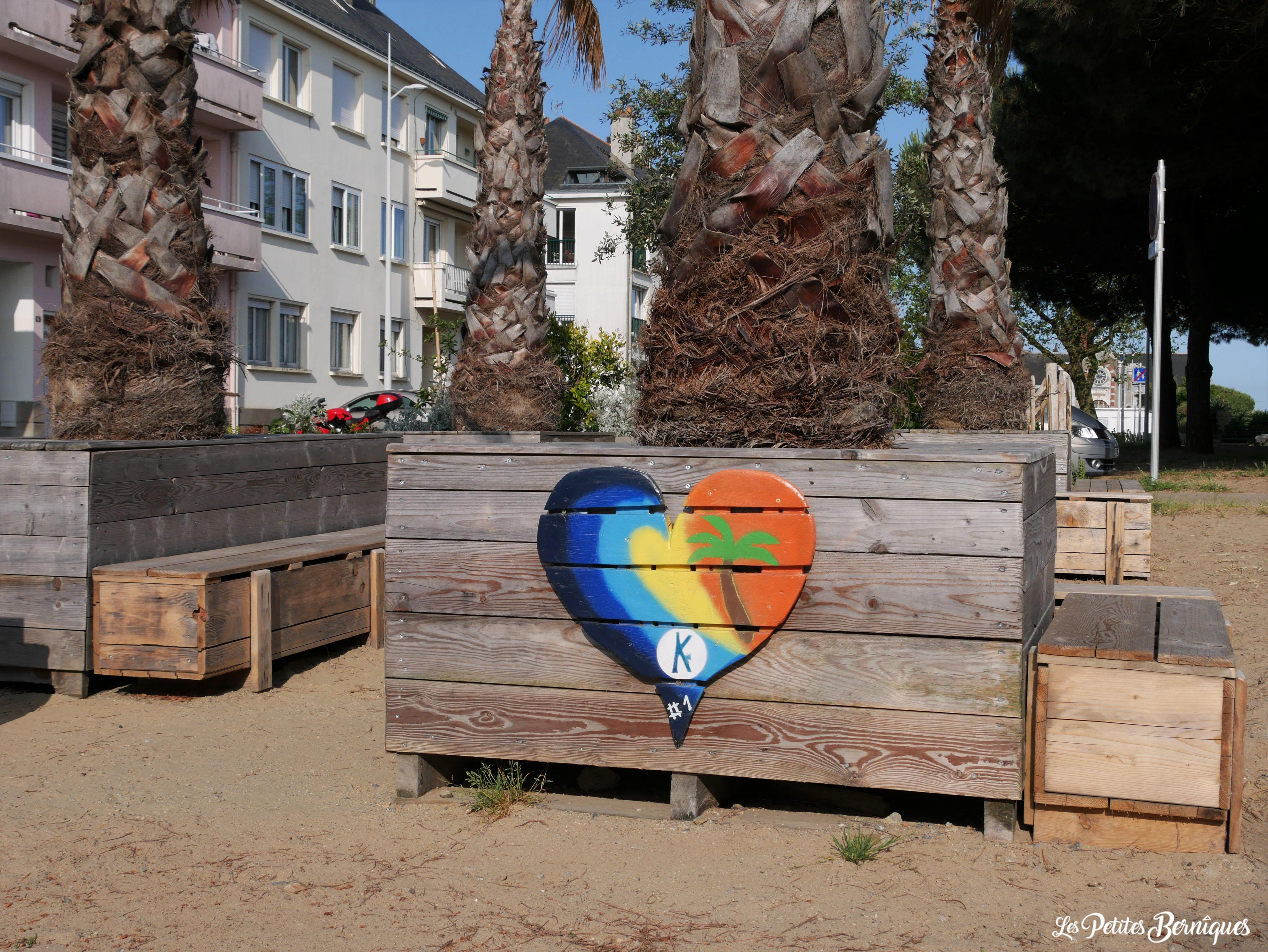Coeur en bois coloré K Saint-Nazaire