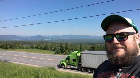 Simon au Canada