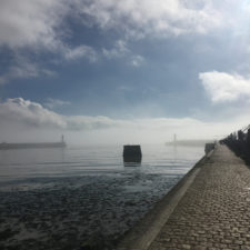 Brume sur la jetée