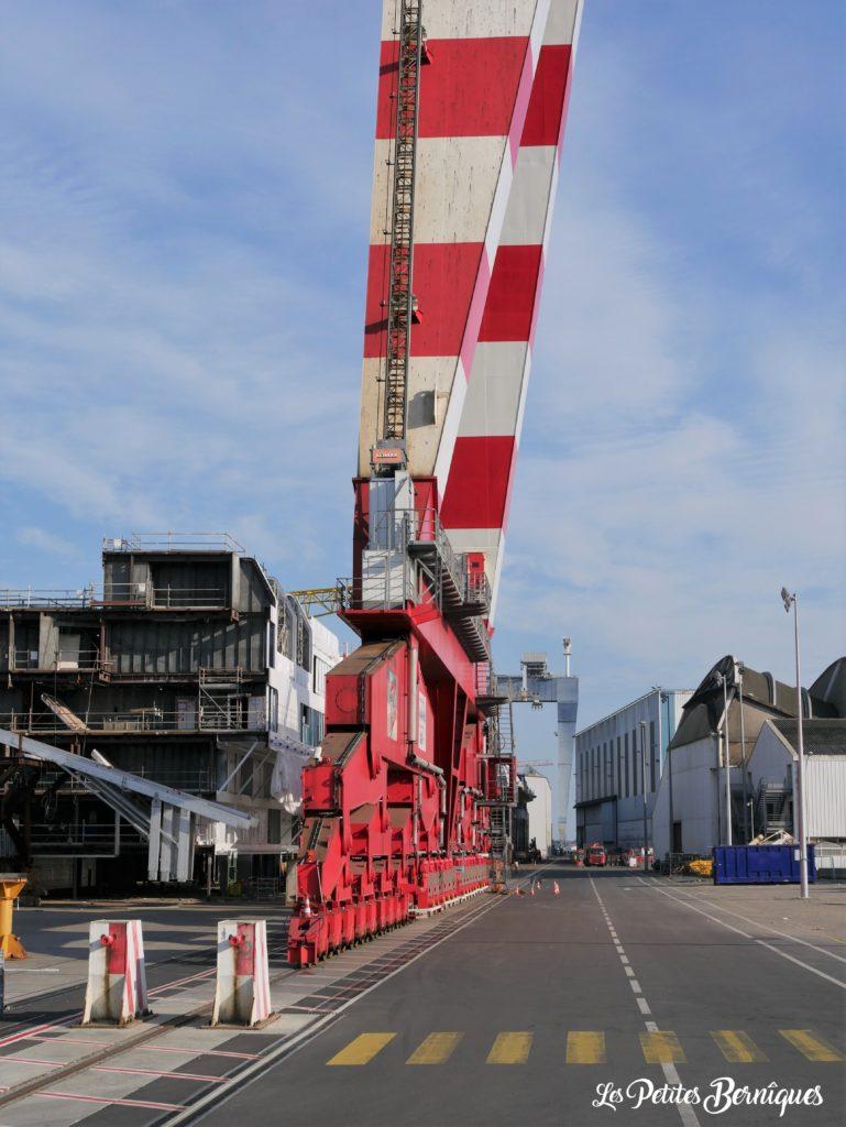 Portique chantiers navals Saint-Nazaire